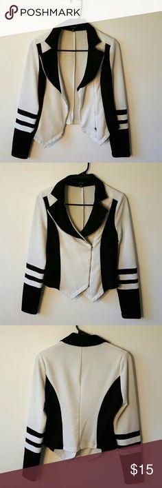 Blazer Jacket Perfect Condition. 95% Polyester. 5% Spandex Jackets & Coats Blazers