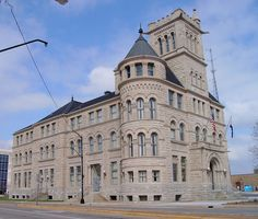 Old Federal Courthouse and Post Office 65801 (Springfield, Missouri) by courthouselover, via Flickr