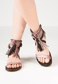 Diese Sandale verzaubert alle Vintage-Fans. A.S.98 Schaftsandale - rose für 123,95 € (03.07.16) versandkostenfrei bei Zalando bestellen.