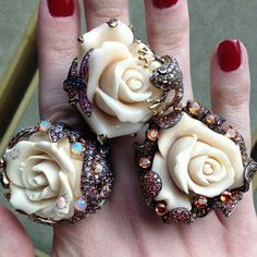 Gorgeous Wendy Yue rose rings #Repost from @Fragments Jewelry #jewelleryporn #ringtastic #jewelleryaddict #jewelgram #mrsortonsinstaglam