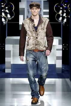 Dolce & Gabbana Fall 2005 Menswear Collection Slideshow on Style.com