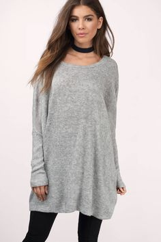 Chill out in the Relax A Little Oversized Sweater. Featuring a flowy body and long sleeves. Wear it with skinny jeans and suede booties.