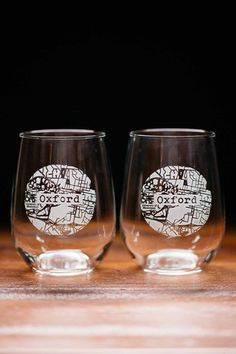 Oxford College Town Engraved Stemless Wine Glass Set