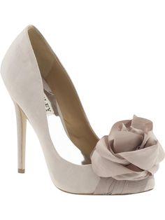 Very Feminine flower shoes