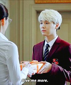 more presents, please, for yoongi (3/4)