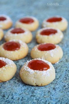 """Ujjlemonyat"" keksz vagy Angyalszem Chocolate Cookies, Cake Recipes, Vegetarian Recipes, Cheesecake, Food And Drink, Sweets, Cooking, Desserts, Foods"