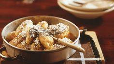 Kartoffel-Topfen-Nockerl mit Mohn