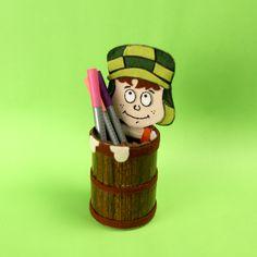 Porta canetas Barril do Chaves. Pra quem ama (e quem não ama) ter como decoração