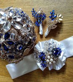Great retro sparkle romantic gold blue by AnderwaldBouquets bukiet ślubny