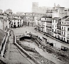 Puerta Real, 1857