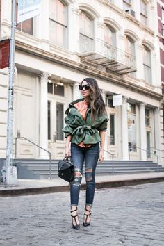 Spring Mix :: Cut-out blouse & Distressed jeans