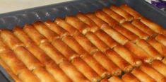 Υπέροχο παραδοσιακό γαλακτομπούρεκο Hot Dog Buns, Hot Dogs, Food To Make, Deserts, Food And Drink, Sweets, Bread, Cake, Ethnic Recipes