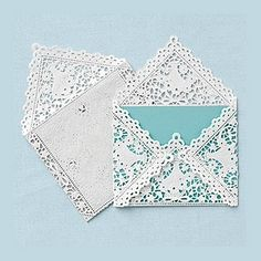 Doily Envelope for Wedding Invitations Like the paper-lace valentines you used to pass out in class, reinvent them by creating envelope liners out of folded square doilies, like the photo shown at left Paper Art, Paper Crafts, Diy Paper, Art Postal, Paper Doilies, Homemade Cards, Winter Wonderland, Origami, Wedding Invitations