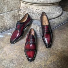 Altan Bottier Artisans Bottiers à Paris — Varia of Red #frenchshoes #frenchstyle...