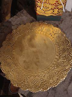 Round Foil Doilies in Metallic Gold - 50 Pieces Per Pack - 8in. Diameter