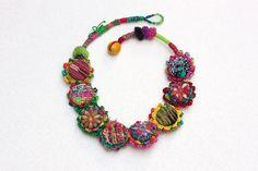 Красочный текстиль ожерелье ювелирные изделия крючком искусства волокна по rRradionica