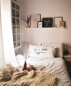 75 Romantic Bedroom Decor Ideas With Plant Theme Cozy Bedroom Ideas Bedroom Deco. 75 Romantic Bedroom Decor Ideas With Plant Theme Cozy Bedroom Ideas Bedroom Decor Ideas plant romantic theme Always want. Bedroom Tv Wall, Room Decor Bedroom, Bedroom Decor, Apartment Decor, Room Ideas Bedroom, Minimalist Bedroom, Romantic Bedroom Decor, Bedroom Inspirations, Bedroom Deco