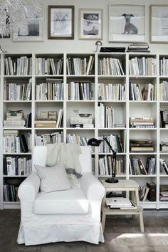 White & Books #closetdesign