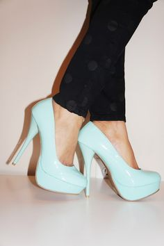 The new alternative to those well-worn nude-colored heels in your closet. These mint pumps will be perfect with a pair of your skinny jeans!