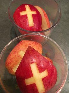 #meenaarschool #mijters gemaakt van appels.