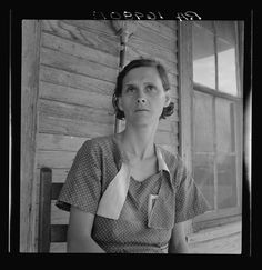 "Dorothea Lange. ""Woman on relief Memphis, Texas."" Junio-Julio de 1937"