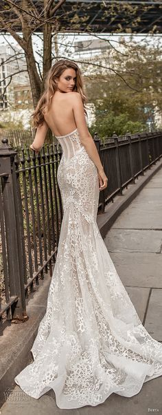 berta spring 2018 bridal strapless sweetheart neckline full embellishment bustier bodice sexy fit and flare wedding dress medium train (10) bv -- Berta Spring 2018 Wedding Dresses