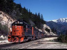 MWP 3556 Western Pacific EMD GP40-2 at Rock Creek Trestle, California