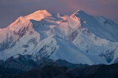 Monte #McKinley, en #Alaska, el pico más alto de #America del Norte, según últimos informes del Servicio de Parques Nacionales de EE.UU. Foto: Reuters #nature #mount #landscape