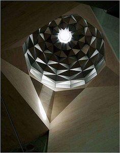 Museum of Islamic Art, Qatar. My favorite Islamic art museum in the world! Islamic Architecture, Amazing Architecture, Contemporary Architecture, Art And Architecture, Islamic Art Museum, Light And Shadow, Interior And Exterior, Sculpture, Division
