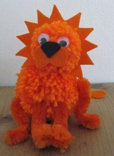 Het Kreatief: Zelfmaakmarkt en oranje leeuw