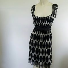 SPEECHLESS DRESS Good condition  Been worn  Needs dry cleaning Speechless Dresses