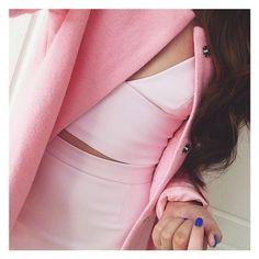 I want this pink coat.