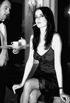"Eva Gaëlle Green — ""For me, working out is nothing to do with looks. Smoking Ladies, Girl Smoking, Actress Eva Green, Beautiful People, Beautiful Women, Penny Dreadful, French Actress, Tim Burton, Woman Crush"
