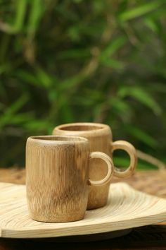 Bamboo Cup @bambooartindonesia #bamboo #bambooutensil #bambooproject #bamboopinterest #art #bambooart #bamboocreate #bamboocreative #bamboocreations #artbamboo #innovation #gogreen #indo #indonesia #produkindonesia #produkinovatif #produkindo #productcreation #product #foodgrade *You can reserve this bamboo cup according to your desirable design and size.