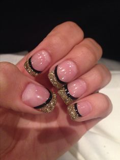 Black and gold nails..make the top a peachy/coral color and these would be perfect