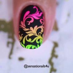 Neon Nail Designs, Nail Art Designs Videos, Cute Nail Art Designs, Nail Art Videos, Mehndi Art Designs, Nail Polish Designs, Neon Nail Art, Neon Nails, Diy Nails