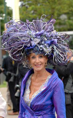 big hat The Purple Ribbon Fairey got through up Royal Ascot Hats, Crazy Hats, Kentucky Derby Hats, Fancy Hats, Wearing A Hat, Love Hat, Red Hats, Headdress, Hats For Women