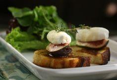 Bruschetta de figo (Foto: Rafael Wainberg). Bruschetta de figo com queijo de cabra. http://revistaglamour.globo.com/Lifestyle/Gastronomia/noticia/2014/11/saia-do-tradicional-e-aposte-em-bruschetta-de-figo-com-queijo-de-cabra.html