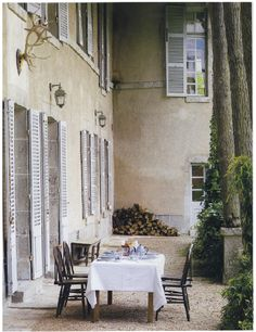 maisons cote sud // outdoor dining