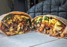 Vegan Breakfast Burrito Recipe - Plant Based And Broke - Meatless Monday - Food&Drink Vegan Fried Rice, Vegan Fries, Vegan Breakfast, Breakfast Recipes, Breakfast Ideas, Olive Oil Vegan, Vegan Ranch, Plant Based Breakfast, Tofu Scramble