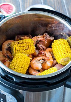 Instant Pot Pressure Cooker, Pressure Cooker Recipes, Pressure Cooking, Slow Cooker, Seafood Boil Recipes, Seafood Boil Pot, Cajun Recipes, Fish Recipes, Recipes