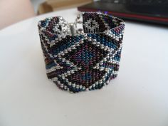 loom beading Beading Projects, Loom Beading, Friendship Bracelets, Beads, Jewelry, Beading, Jewlery, Jewerly, Schmuck