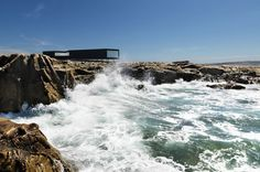 Fogo Island Long Studio by Saunders Architecture. located on Fogo Island, the largest of the offshore islands of Newfoundland and Labrador, Canada. Fogo Island Newfoundland, Newfoundland Canada, Newfoundland And Labrador, Fogo Island Inn, Villefranche Sur Mer, Hot House, Architecture Design, Amazing Architecture, Contemporary Architecture