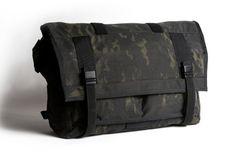 MISSION WORKSHOP   Black Camo Series Limited Edition Messenger Bag