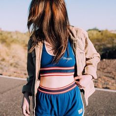 Wrangler Retro Sport Cropped Top - Urban Outfitters