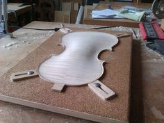Making Violin 02
