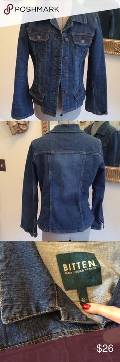 Bitten jacket Jean jacket by Sarah Jessica Parker, size XL, flared cuffs, cool pockets and fitted Bitten Jackets & Coats Jean Jackets