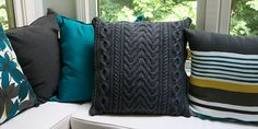 Ravelry: Cozy Cable Cushion pattern by Nikki Smith-Morgan