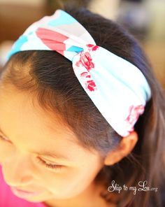 DIY looped headband.