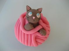 Cat Cupcake Tuesdays - Kitty and some Yarn! via Catsparella